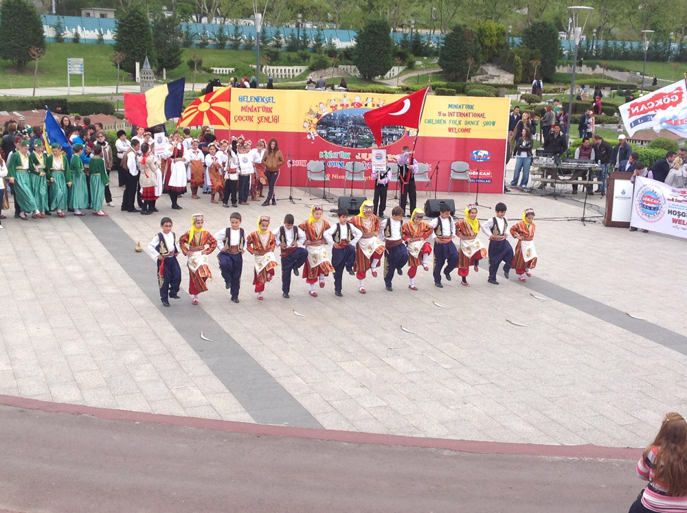 A Magnificent Show Performed by Folkloric Dance Teams of Children from 10 Countries at the Miniatürk Galeri - 28. Resim