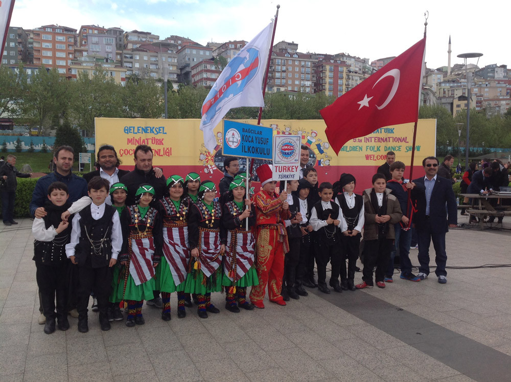 A Magnificent Show Performed by Folkloric Dance Teams of Children from 10 Countries at the Miniatürk Galeri - 38. Resim